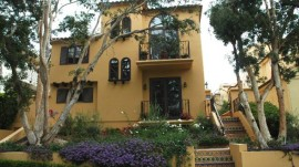 Sophisticated Town Home – SOLD