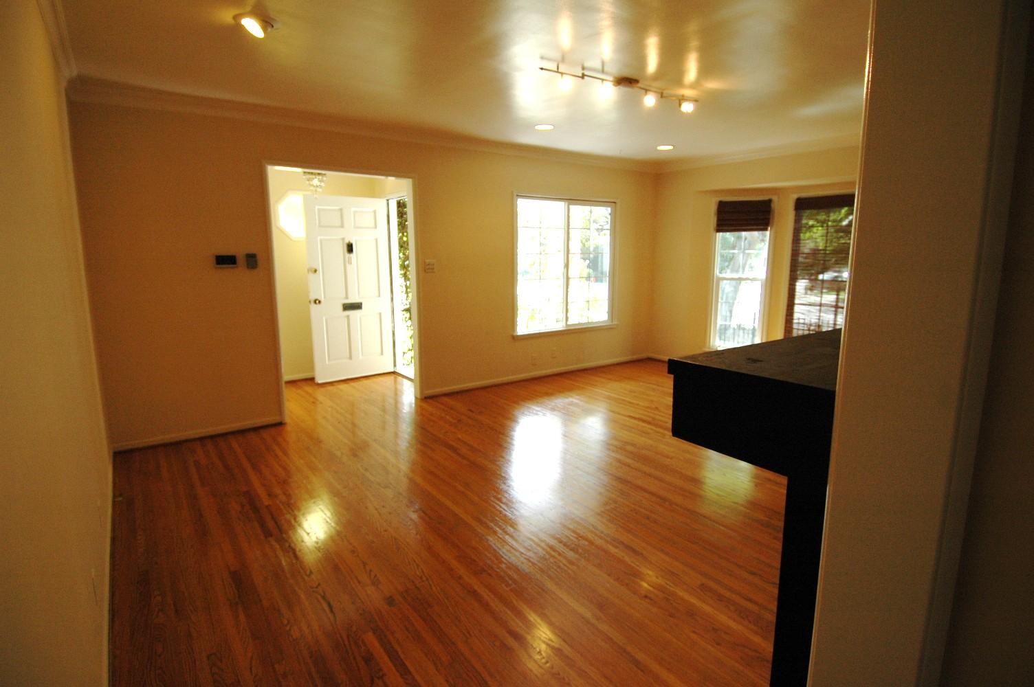 Residential Properties Real Estate Amp Housing Ron Michael