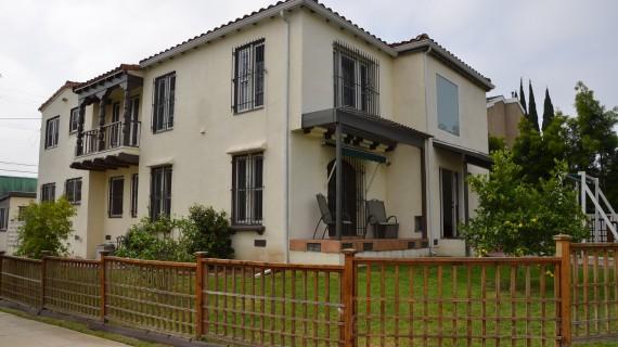 Spanish Style Duplex Beverlywood